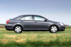 Toyota Avensis (2003 - 2009) used car review