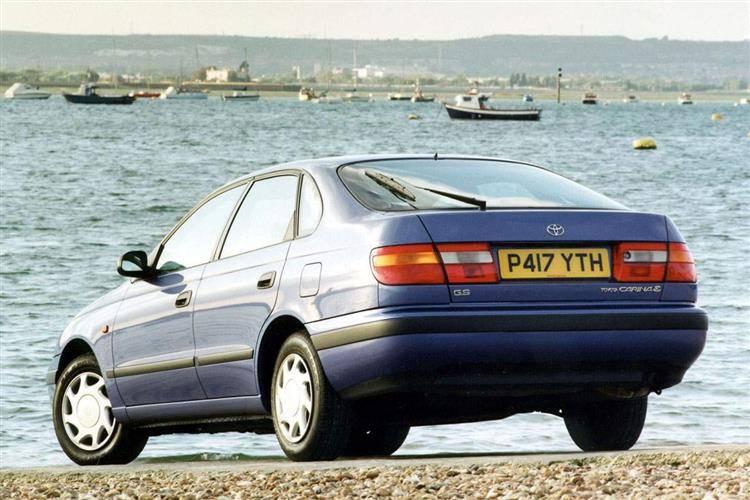 Toyota Carina E (1992 - 1997) used car review