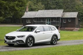 Vauxhall Insignia Country Tourer (2017 - 2020) used car review
