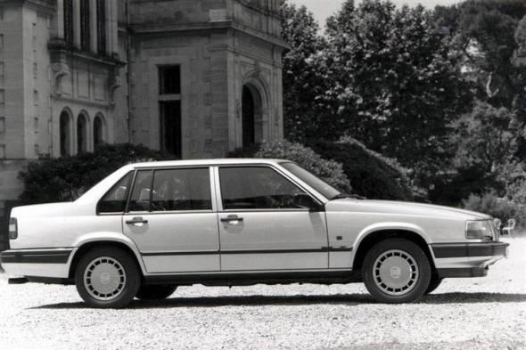 Volvo 900 Series [940/960/S90/V90] (1990 - 1998) used car review
