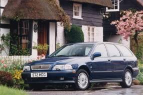 Volvo V40 (1996 - 2004) used car review