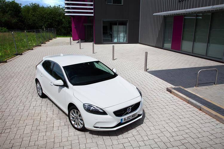 Volvo V40 (2012 - 2014) used car review