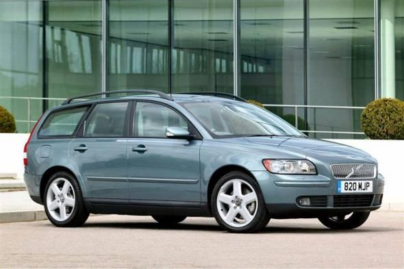 Volvo V50 (2004-2012) used car review
