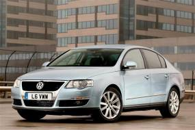 Volkswagen Passat (2005 - 2010) used car review
