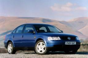 Volkswagen Passat (1997 - 2000) used car review